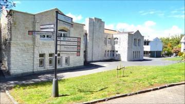 新西兰奥克兰大学教育学,人们口中的铁饭碗