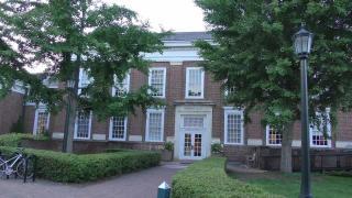 弗吉尼亚大学录取基本要求,详解以下六点入学条件